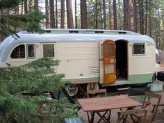 Gypsy Living Traveling In Style| Serafini Amelia| Gypsy Traveler - Mode of Transportation| Vintage travel trailer