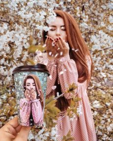 Image in كلشي🌸🍃 collection by rema-ra on We Heart It Creative Portrait Photography, Creative Portraits, Lovely Girl Image, Girls Image, Arte Starbucks, Happy Sunday, Street Style Inspiration, Bff, Cute Couple Poses