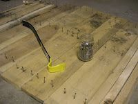 How to reclaim wood from pallets. I could have used this tutorial last summer for my projects.