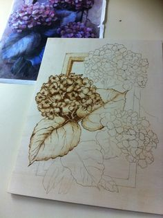 Pyrography - Hydrangeas Wood Burning Crafts, Wood Burning Art, Wood Staining Techniques, Wood Artwork, Coffee Painting, Pyrography, Wood Projects, Painted Furniture, Vintage World Maps