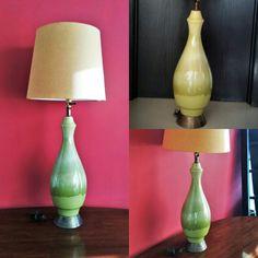 #lampara para en #cerámica de los 50s con base de #laton. #Disponible en contacto@modernismo.com.mx  #midcenturymodern  #mcmlamp #brasslamp #midcenturylamp #mexicandesign #mexicanmodernism #elledecor #adspain #CCRCdiseño