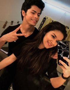 Handsome Celebrities, Teen Celebrities, Celebs, Child Actresses, Child Actors, Indian Actresses, Favorite Movie Quotes, Prettiest Actresses, Couple Romance