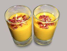 Vasitos de crema de zanahoria con virutas de jamón ibérico #MonteRegio ¿brindamos por el jueves?