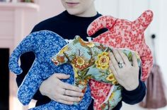 Izzy's adorable fleece and quilt fabric Animal Pillows #sewing #homedec #toys