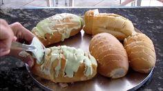 O Pão de Alho Para Churrasco com Pão Francês Amanhecido é fácil de fazer, delicioso e perfeito para o seu churrasco. Experimente! Veja Também: Molho de Alh