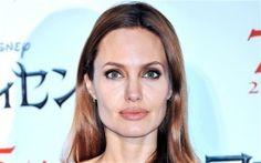 Angelina Jolie Has The Chickenpox