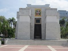 Republica Dominicana - Santo Domingo, Mausoleum Dominican Republic, Santos, Santo Domingo