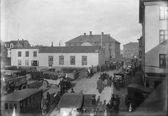 "The meeting – house ""Góðtemplarahúsið"" on Templarasund,1923-1935 - Isobel Wylie Hutchison - Wikipedia, the free encyclopedia"