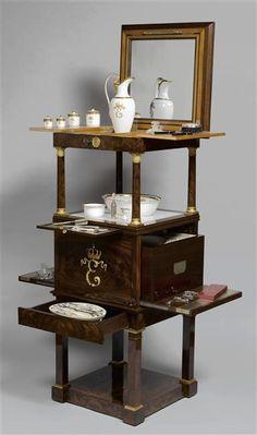 Les arts décoratifs sous le Premier Empire        Ce billet aborde un sujet qui sort du cadre habituel que je me suis fixé en créant ce b...