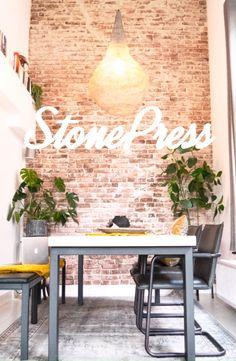 Brick Wall Kitchen, Rustic Kitchen Cabinets, Kitchen Decor, Chill Room, Happy Kitchen, Kitchen Cabinet Organization, Brick And Stone, Kitchen On A Budget, Living Room Sets
