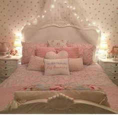 Shared by Fashion and beauty. Find images and videos about pink, sweet and home on We Heart It - the app to get lost in what you love. Cute Bedroom Ideas, Cute Room Decor, Room Ideas Bedroom, Bedroom Decor, Pastel Room, Pink Room, Shabby Bedroom, Woman Bedroom, Aesthetic Room Decor