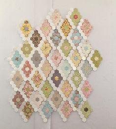 "Started a small EPP. 3/4"" size. #showmethemoda #modafabrics #brendariddle #brendariddlefabric #paperpiecesepp #EPP #englishpaperpiecing"