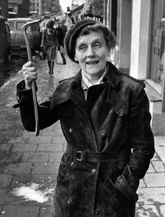 """Swedish author, Astrid Lindgren - the mother of Pippi Longstocking, Six Bullerby Children and Emil from """"Emil's Pranks. Book Writer, Book Authors, Pippi Longstocking, Black And White Portraits, Golden Girls, Lady And Gentlemen, Great Stories, Historical Photos, Role Models"""