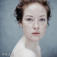 LOVE freckles. I hate my freckles but love others.. odd isn't it? old programming maybe?