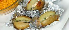 Bbq recept; gepofte aardappels van de barbecue met lekkere peterselieboter