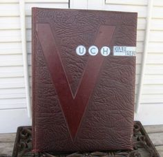 Vintage DIAL University High School Victory Edition 1942 Yearbook