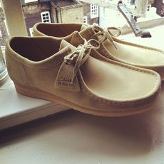 Clarks Wallabees Instagram photo by @tomflan Men's Shoes, Shoe Boots, Shoes Style, Mens Casual Leather Shoes, Fashion Shoes, Mens Fashion, Clarks Originals, Keds, Clarks Wallabee