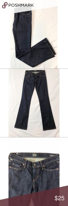 "Citizens of Humanity Kelly Lowrise Bootcut Jeans27 Citizens of Humanity Kelly low rise boot cut Jeans. These Size 27 jeans are in excellent condition. Waist 31"", Hips:37"", Rise: 7.5"", Inseam: 35"". Please let me know if you have any questions. Citizens Of Humanity Jeans Boot Cut"