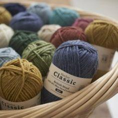 PŘÍZE - Přírodní příze Knitting Wool, Double Knitting, Wool Yarn, Hand Crochet, Crochet Hooks, Yarn Stash, Last Stitch, Knitting Supplies, Marceline