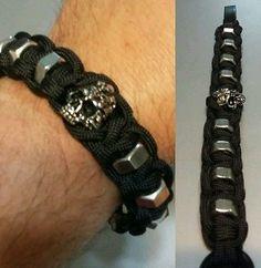 Mind Skull Hex Nut Paracord Bracelet / Black Adjustable Shackle
