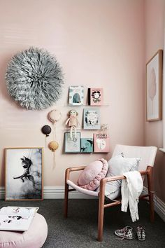 This Scandi-style pink girls bedroom features floating shelves for books, grey carpet an decorative wall art. Scandi Bedroom, Bedroom Decor, Bedroom Ideas, Design Bedroom, Bedroom Inspiration, Grey Carpet Bedroom, Pink Bedroom For Girls, Scandinavian Home, Girl Room