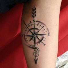 A Rosa dos ventos é um dos desenhos de tatuagens mais antiga feita na pele e provavelmente continuará sendo uma das mais desejadas. Esse tipo de tatuagem é muito desejado ...