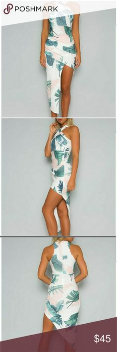 Bodycon dress Stylish halter tropical printed bodycon dress.  Dress has zipper in the back boutique Dresses Mini