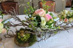 Romancing the Home: Springtime Tablescape