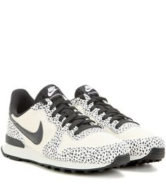 Nike - Nike Internationalist Premium sneakers - We love these 'Internationalist Premium' sneakers to add a touch of urban cool to any outfit. The understated dotted black print is accented with panels of grey beige suede and sleek black detailing. Wear yours with denim for effortless weekend style. seen @ www.mytheresa.com