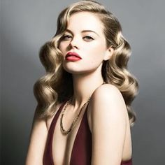 69 ideas wedding hairstyles bob waves long hair for 2019 69 Ideen Hochzeitsfrisuren Bob Wellen lange Classic Hairstyles, Retro Hairstyles, Bob Hairstyles, Hollywood Hairstyles, Great Gatsby Hairstyles, Vintage Hairstyles For Long Hair, Wedding Hairstyles Curls, Redhead Hairstyles, Engagement Hairstyles