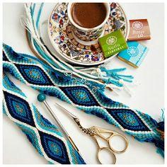 Crochet Art, Tapestry Crochet, Crochet Braids, Crochet Patterns, Free Crochet, Knitting Patterns, Braided Scarf, Purple Owl, Star Stitch