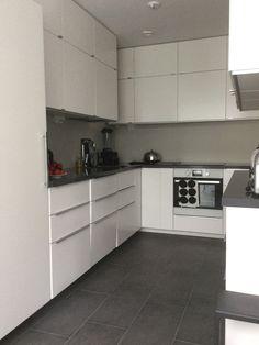 remontti | Niityn reunalta Kitchen Design, Kitchen Cabinets, Home Decor, Kitchens, Decoration Home, Design Of Kitchen, Room Decor, Cabinets, Home Interior Design