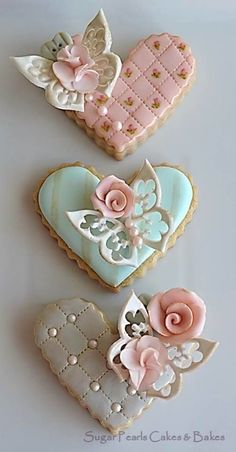 Vintage Romance Cookies, such meticulous decorating! Perfect.