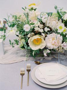 Minimalist & Textural wedding ideas via Magnolia Rouge