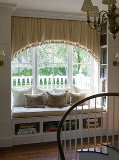 Love the bay window seating with built in shelves! Style At Home, Bay Window, Window Seats, Room Window, Cozy Nook, Arched Windows, My New Room, My Dream Home, Window Treatments