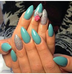 Stiletto teal and silver nails