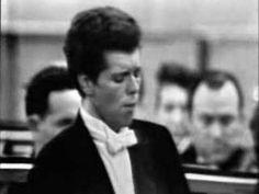 Van Cliburn -- Tchaikovsky Piano Concerto No.1 Mvt I-2
