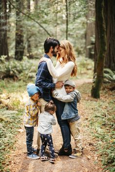 Sandtea Sweet Family Portrait In The Woods Picture Poses Posing