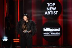 Justin Timberlake e Lord são destaques no Billboard Music Awards 2014 http://angorussia.com/?p=18520