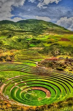༺♥༻Sacred Valley of the Incas, Peru༺♥༻ it seems to be the same tourist spot in the Philippines: Banaue Rice Terraces