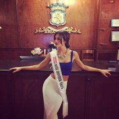 Valentina Bonariva Crowned Miss Universe Italy 2014 - Beauty Pageant News Miss Universe 2014, Beauty Pageant, Italy, Crown, News, Dresses, Fashion, Vestidos, Moda