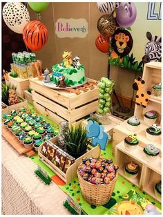 Zoo Birthday Party Ideas Photo 2 of 10 Animal Themed Birthday Party, Jungle Theme Birthday, Safari Theme Party, Wild One Birthday Party, Safari Birthday Party, Baby Boy 1st Birthday, Girl Birthday Themes, Boy Birthday Parties, Jungle Theme Parties