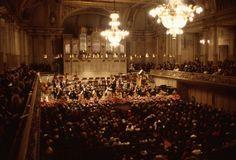 Zürich, Tonhalle. Com_LC0083-001-003