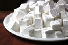 How to Make Marshmallows That Are So Healthy You Can Eat as Many as You Want - 95 cal for all if replace honey with splenda and greek yogurt Healthy Holistic Living