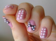 Konad Addict: Pearled nails