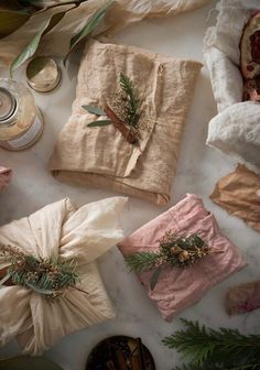 Gift Wrapping Ideas-Simone LeBlanc's Swoony Holiday Gifts and Tea-Dyed Holiday Gift Wrap DIY Creative Gift Wrapping, Creative Gifts, Wrapping Ideas, Wrapping Gifts, Gift Wrapping Clothes, Creative Gift Packaging, Unique Gifts, Wrapping Papers, Diy Holiday Gifts