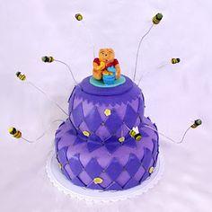 Awesome Winnie the Pooh cake.