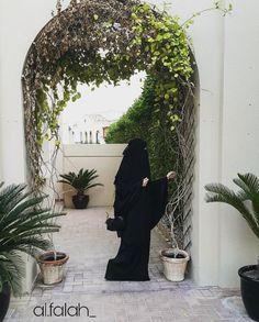 Beauty muslim girl @al.falah_ # peçe nikab nikap nikabis kapalı çarşaf hicab hijab tesettür d