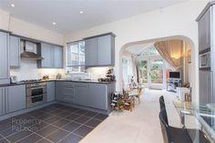 33 Kilwarlin Avenue, Hillsborough #kitchen
