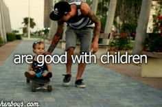 I think it's so adorable to see guys playing with little kids. And that's what I want: a boy who loves little ones. Perfect Boyfriend, Future Boyfriend, Daddy I Love You, My Love, Dad Tattoos, Tattoo Dad, Win My Heart, Hipster Babies, Baby Momma